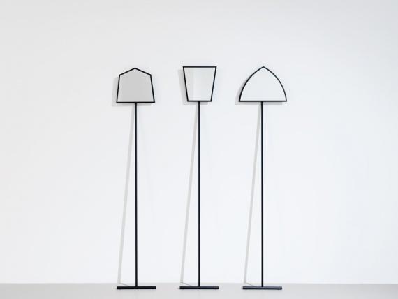 Որ իտալական դիզայներ ստեղծել է օբյեկտների ոգեշնչված աշխատանքի Ջոզեֆ Beuys