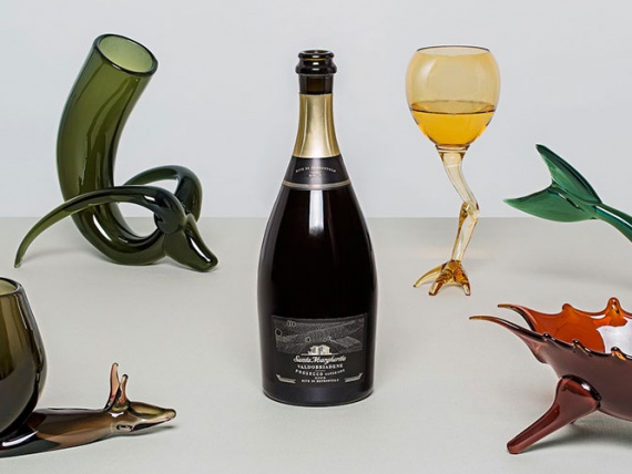 Analogia Project представили коллекцию сюрреалистичных стеклянных чаш