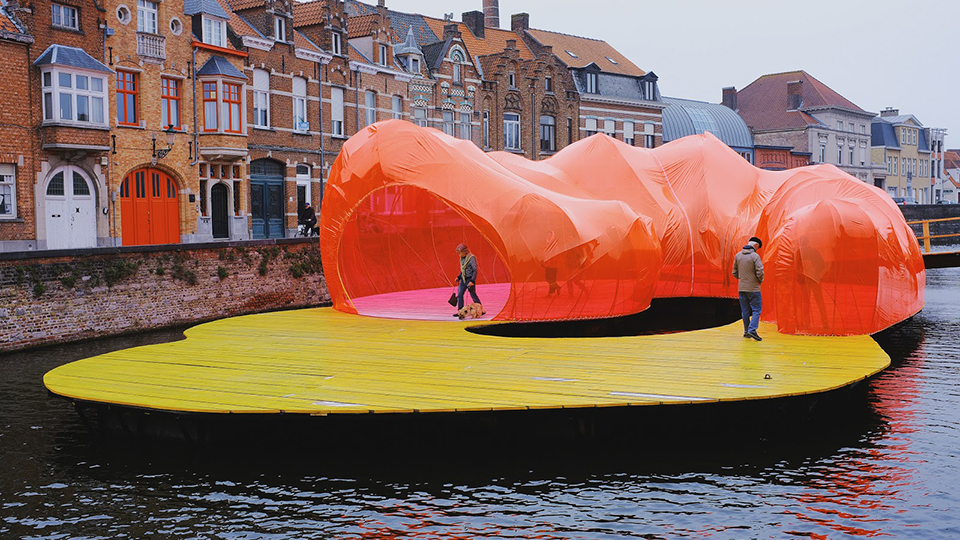 Искусство в ландшафте: триеннале в Брюгге и «Beaufort» на побережье Северного моря