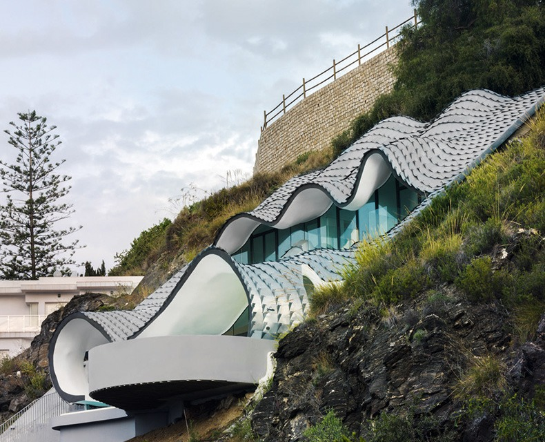 Gilbartolome Architects, The House on the Cliff (2015). Гранада, Испания