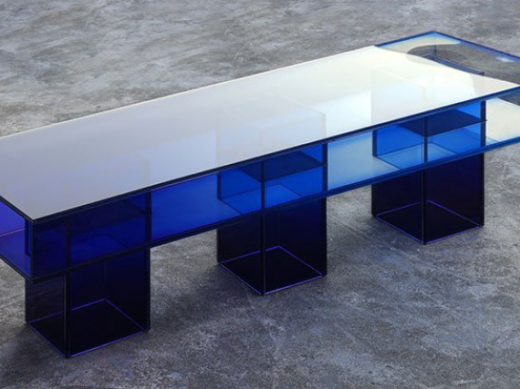 BUZAO показали коллекцию мебели из стекла