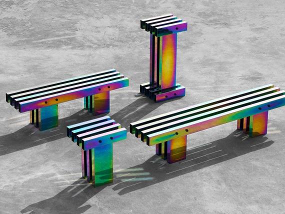 Buzao сделали коллекцию мебели с эффектом бензиновых пятен