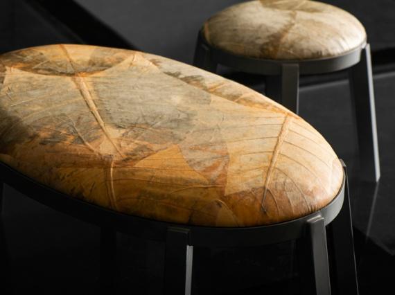 Бразильцы Furf делают мебель из листьев