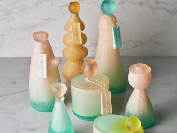 Ми Чжоу создает упаковки для туалетных принадлежностей из мыла