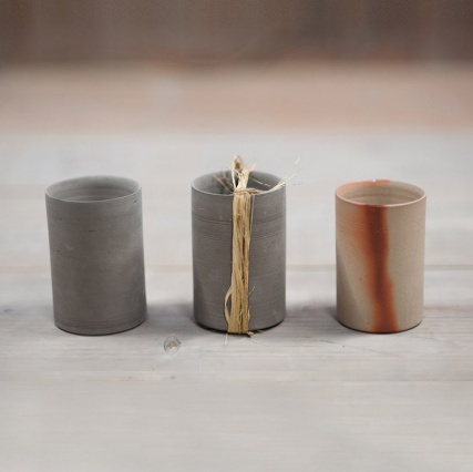 Сидзука Тацуно создал вазы по мотивам традиционной японской посуды