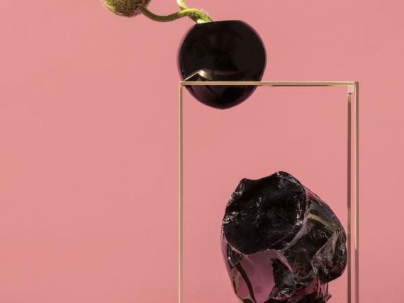 Сара Риччарди сделала коллекцию «метафорических» ваз