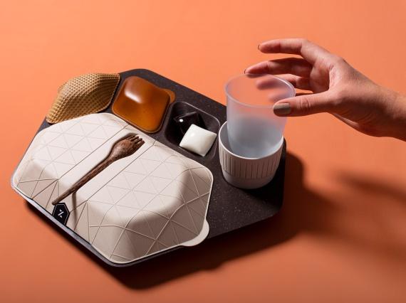 PriestmanGoode создали экологически чистую альтернативу одноразовой пластиковой посуде в самолетах