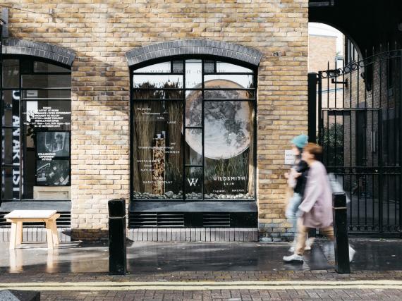 Made Thought открыли в Лондоне поп-ап магазин, напоминающий «оживший» веб-сайт