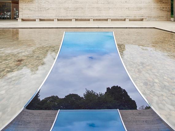 Художественная интервенция «Без страха перед стеклом» от Сабины Марселис