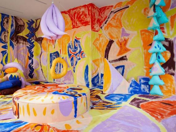 Психоделическая инсталляция Puffy в галерее Fort Makers
