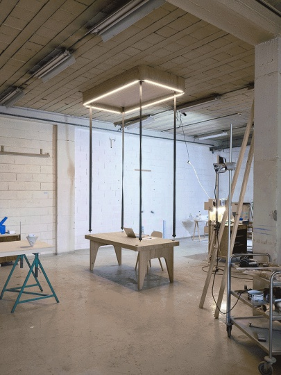 Flying Table от JCPCDR Architecture