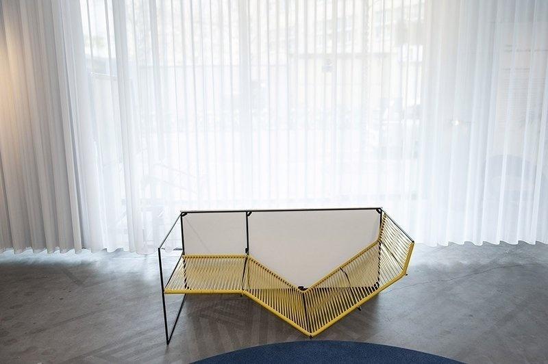 Два в одном: стол-шезлонг Chaise Renversée от Пьера-Луи Жерлье