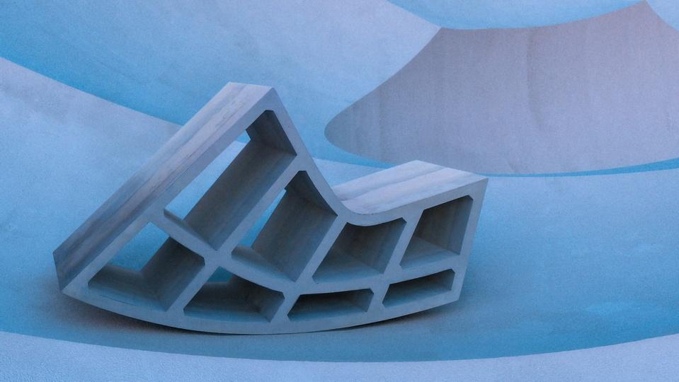 Американские дизайнеры представили коллекцию бетонной мебели, вдохновленную бруталистской архитектурой